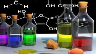 塩化銅水溶液の電気分解をイオンと電子の動きから視覚的に理解する